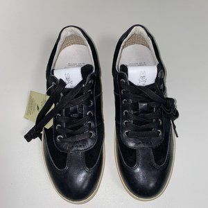 PSYCHO BUNNY Leather Sneakers NEW!